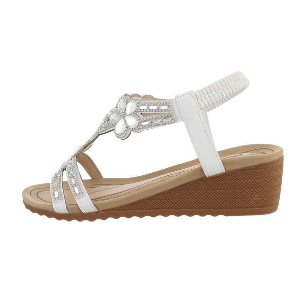 Valged-naiste-sandaalid-588458
