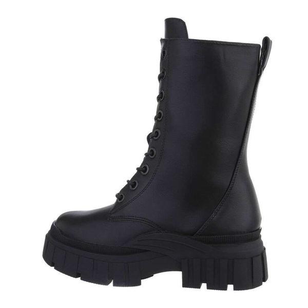 Mustad-saapad-paeltega-625735